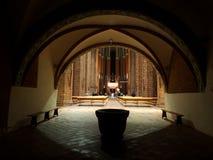 Preghiera nella cattedrale Fotografie Stock Libere da Diritti