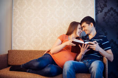 Pregnant woman with her husband Royalty Free Stock Photography