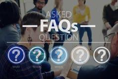 Preguntas con frecuencia hechas que piden concepto de la respuesta de la contestación Foto de archivo libre de regalías