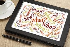 Preguntas sobre la tableta digital Imagen de archivo libre de regalías