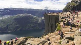 Preikestolen или утес амвона над Lysefjord Стоковое Изображение RF