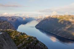 Preikestolen, ` s ambona lub ambony skała w Forsand Prekestolen lub kaznodziei, Ryfylke, Norwegia Obrazy Stock