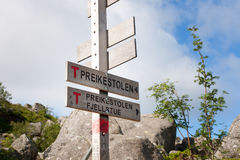 Preikestolen tecken Norge Royaltyfri Fotografi