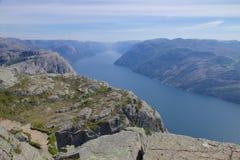 Preikestolen und Lysefjord 100 Lizenzfreie Stockbilder