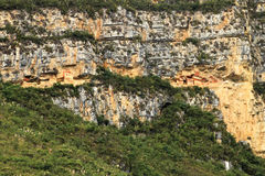Preincamausoleum Revash in de bergen van noordelijk Peru Stock Foto's