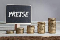 Preise in der deutschen Sprache auf Zeichen Stockbilder
