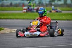 PREJMER, BRASOV, ROEMENIË - MEI 3: Onbekende loodsen die in Nationaal Karting-Kampioenschap Dunlop 2015 concurreren, Stock Afbeeldingen
