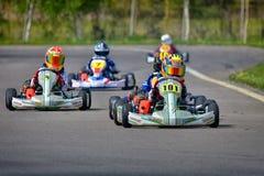 PREJMER, BRASOV, ROEMENIË - MEI 3: Onbekende loodsen die in Nationaal Karting-Kampioenschap Dunlop 2015 concurreren, Stock Afbeelding