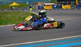 PREJMER, BRASOV, ROEMENIË - MEI 3: Onbekende loodsen die in Nationaal Karting-Kampioenschap Dunlop 2015, op 3 Mei, 2015 concurrer Royalty-vrije Stock Fotografie