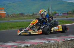 PREJMER, BRASOV, ROEMENIË - MEI 3: Onbekende loodsen die in Nationaal Karting-Kampioenschap Dunlop 2015, op 3 Mei, 2015 in Prejme Royalty-vrije Stock Afbeelding
