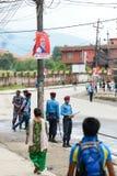 Premiärministern Narendra Modi ankommer i Katmandu Arkivbilder