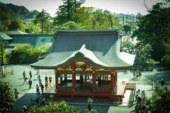Première étape de danse au tombeau de Tsurugaoka Hachimangu, Kanagawa, Japon Images libres de droits