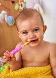 Première brosse à dents Images libres de droits