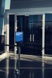 Première classe, salon d'affaires, secteur dans l'aéroport, entrée Photo libre de droits