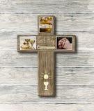 Première illustration de photos de symbole de sainte communion de croix en bois rustique Photos stock
