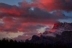 Première lumière dans Banff Image libre de droits