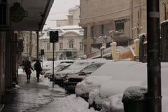 Première neige dans la ville Images libres de droits