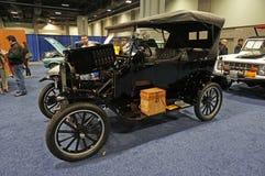 Première voiture produite en série Images stock
