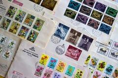 Premières couvertures de jour des timbres d'état du Saint-Marin (Italie) Photographie stock libre de droits