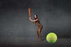 Premier concept préhistorique de joueur de tennis image libre de droits