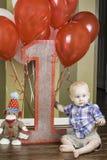 Premier signe d'anniversaire avec le garçon Image stock