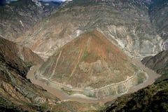 Premier virage du fleuve Yangtze puissant Images libres de droits
