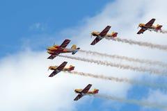 Premier vol d'équipe acrobatique aérienne Images libres de droits