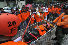 Premiers secours de formation aux victimes d'accidents Photo libre de droits