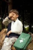 Premiers soins dans la forêt photo libre de droits