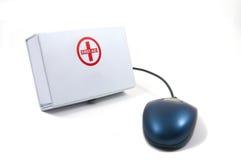 Premiers soins pour des ordinateurs, souris Photo stock