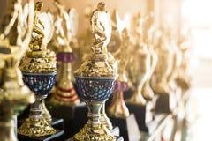 Premios del trofeo para la dirección del campeón imagenes de archivo