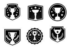 Premios y tazas blancos y negros, etiqueta, iconos del vector libre illustration