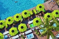 Première vue de côté de piscine Images libres de droits