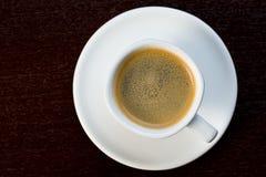 Première vue de cuvette de café express Photographie stock libre de droits
