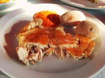 Prendedero de pescados y patatas canarias típicas Imágenes de archivo libres de regalías