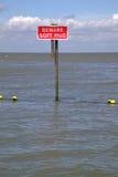 Prenez garde de la boue molle. Images stock
