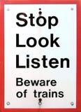 Prenez garde des trains Photographie stock