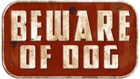 Prenez garde du chien Tin Sign Images stock