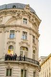 Prenez une pause au balcon à Vienne photographie stock libre de droits