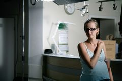 Prengant woman in hospital Stock Photos