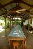 Prenotazione al ristorante tropicale immagine stock libera da diritti