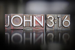 Prensa de copiar del 3:16 de Juan imagen de archivo