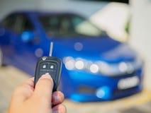 Prensas de la mano en los sistemas de alarma para coches teledirigidos Fotos de archivo
