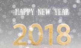 Prentbriefkaar 2018 Gelukkig Nieuwjaar aantallen van hout op grijze bedelaars worden gesneden die Stock Afbeeldingen