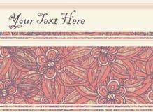 Prentbriefkaar met bloemenachtergrond in geeloranje met uit purple Stock Afbeelding