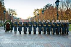 154 Preobrazhensky军团的仪仗队在步兵制服的在庄严的事件 库存图片