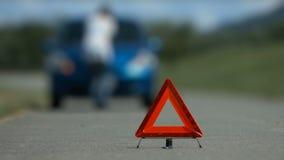 Preocupación femenina del conductor del accidente del problema del coche metrajes