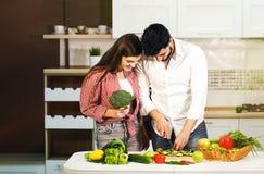 Preparação da refeição dos pares Foto de Stock