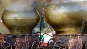 Preparação de batatas fervidas Fotografia de Stock Royalty Free