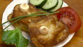 Preparação de pratos de peixes filme